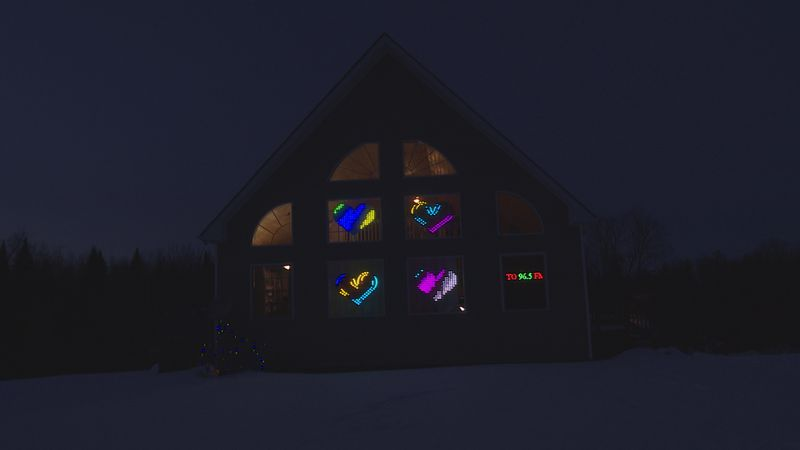Dobkins Family Light Display