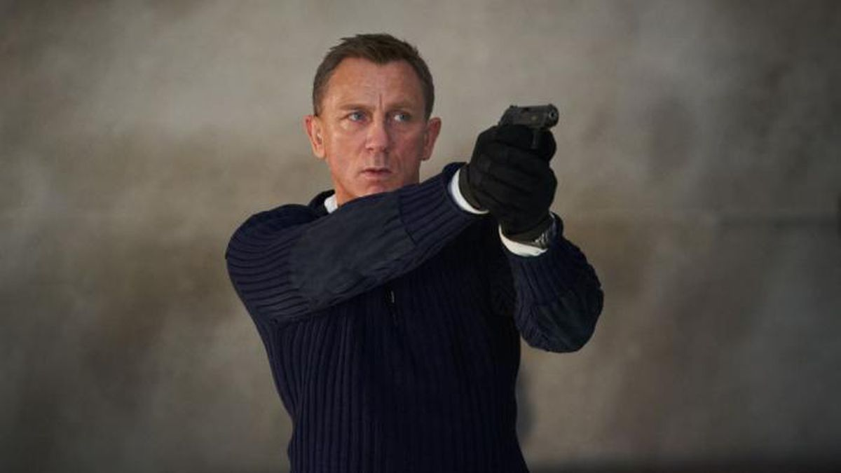 """Before he passes the mantle of Britain's favorite spy to someone else, Daniel Craig will portray James Bond for the fifth time in """"No Time to Die."""" (Source: MGM Pictures)"""