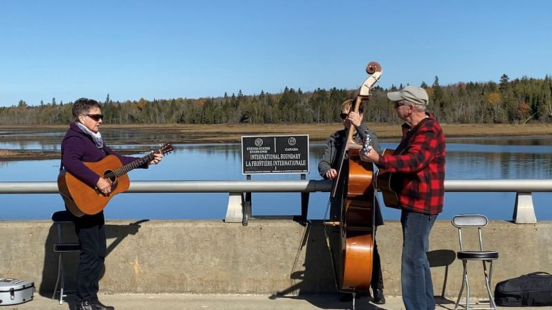 Bluegrass Trio at U.S./Canada Border in Maine