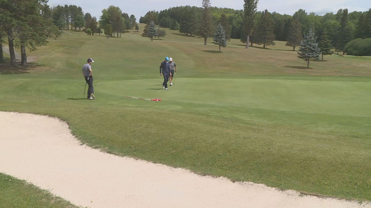 The United States Canadian Border Closure is affecting American golfers at AVCC