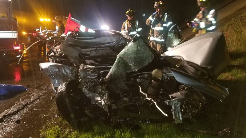 Caribou man killed in early morning crash on the Turnpike in Kittery