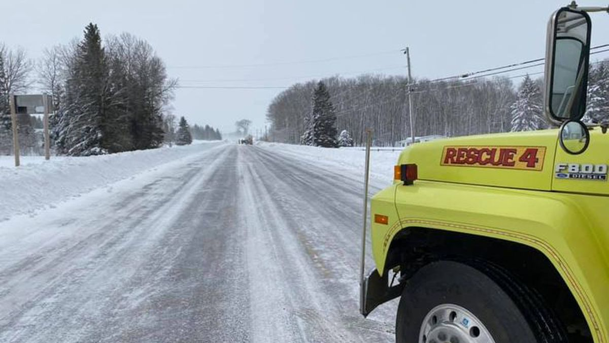 Police have closed a section of Route 1 in the Van Buren region, due to poor visibility.